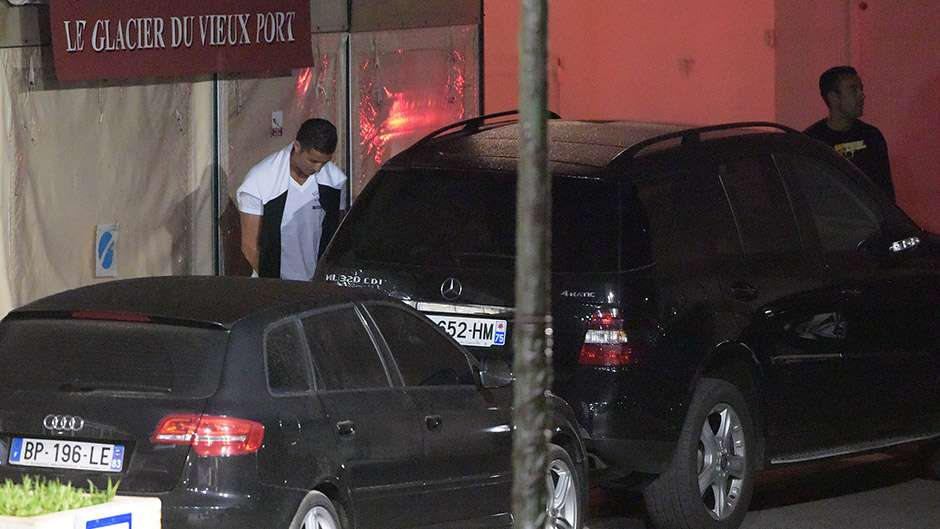 Cristiano Ronaldo Urinating Street St Tropez