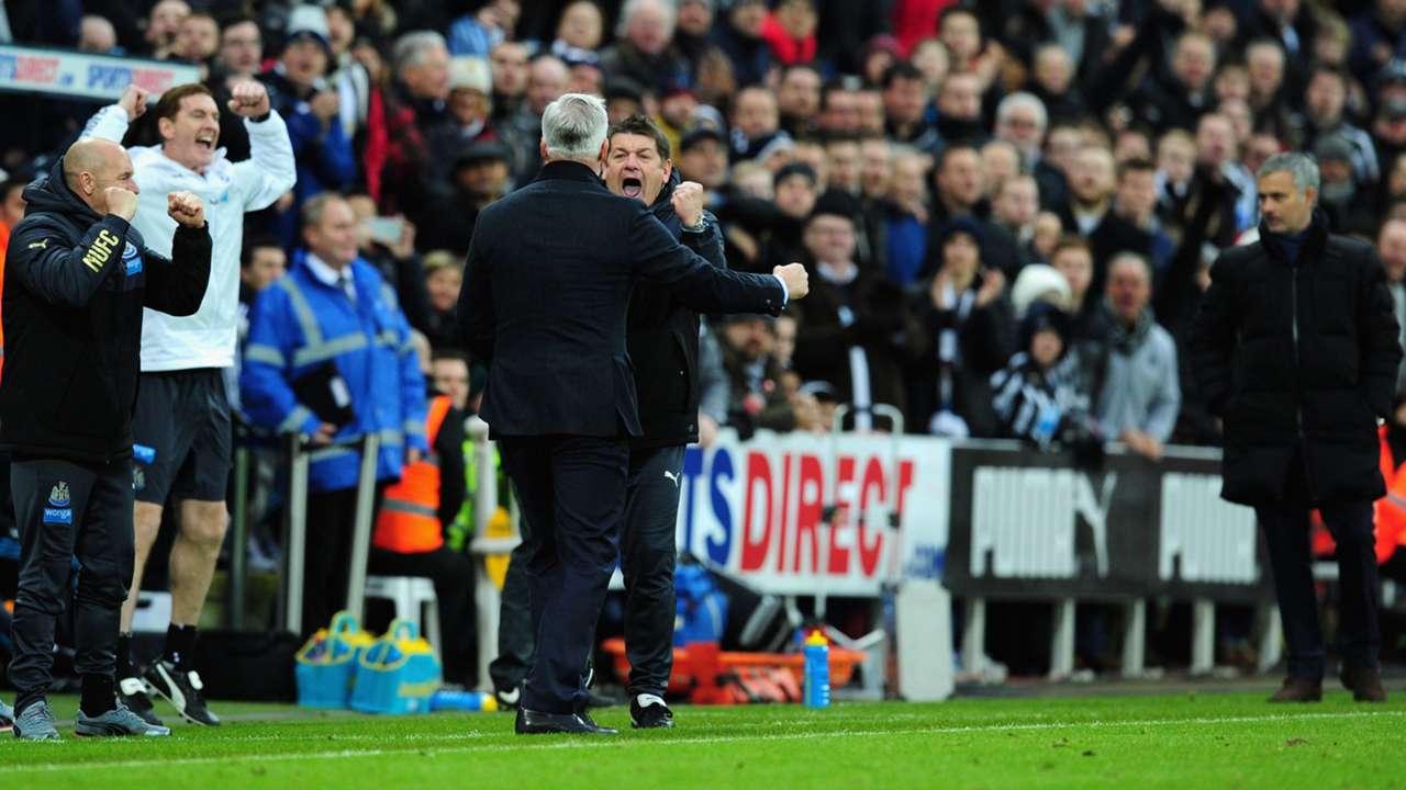 Newcastle United beat Chelsea 2-1
