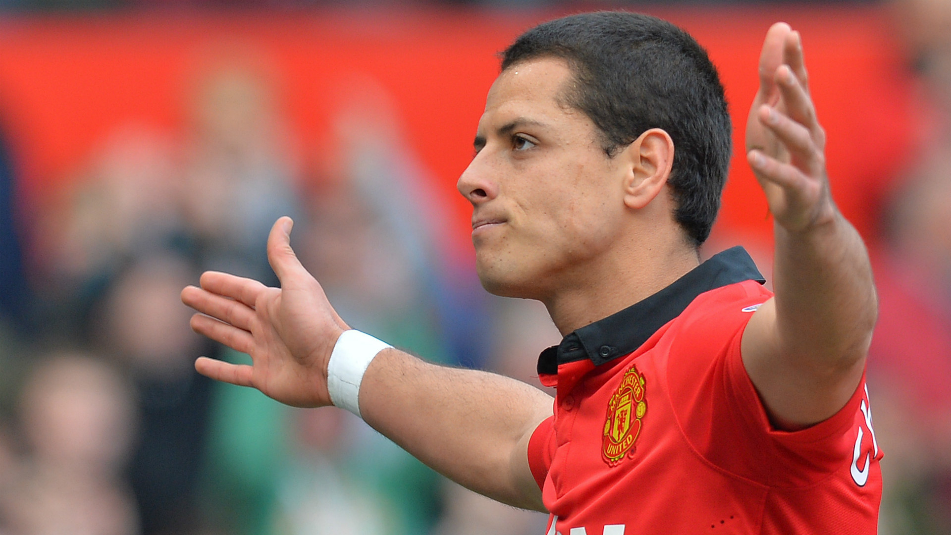 Chicharito reflects on 'bittersweet' Man Utd spell & refuses to rule out return to Europe from MLS