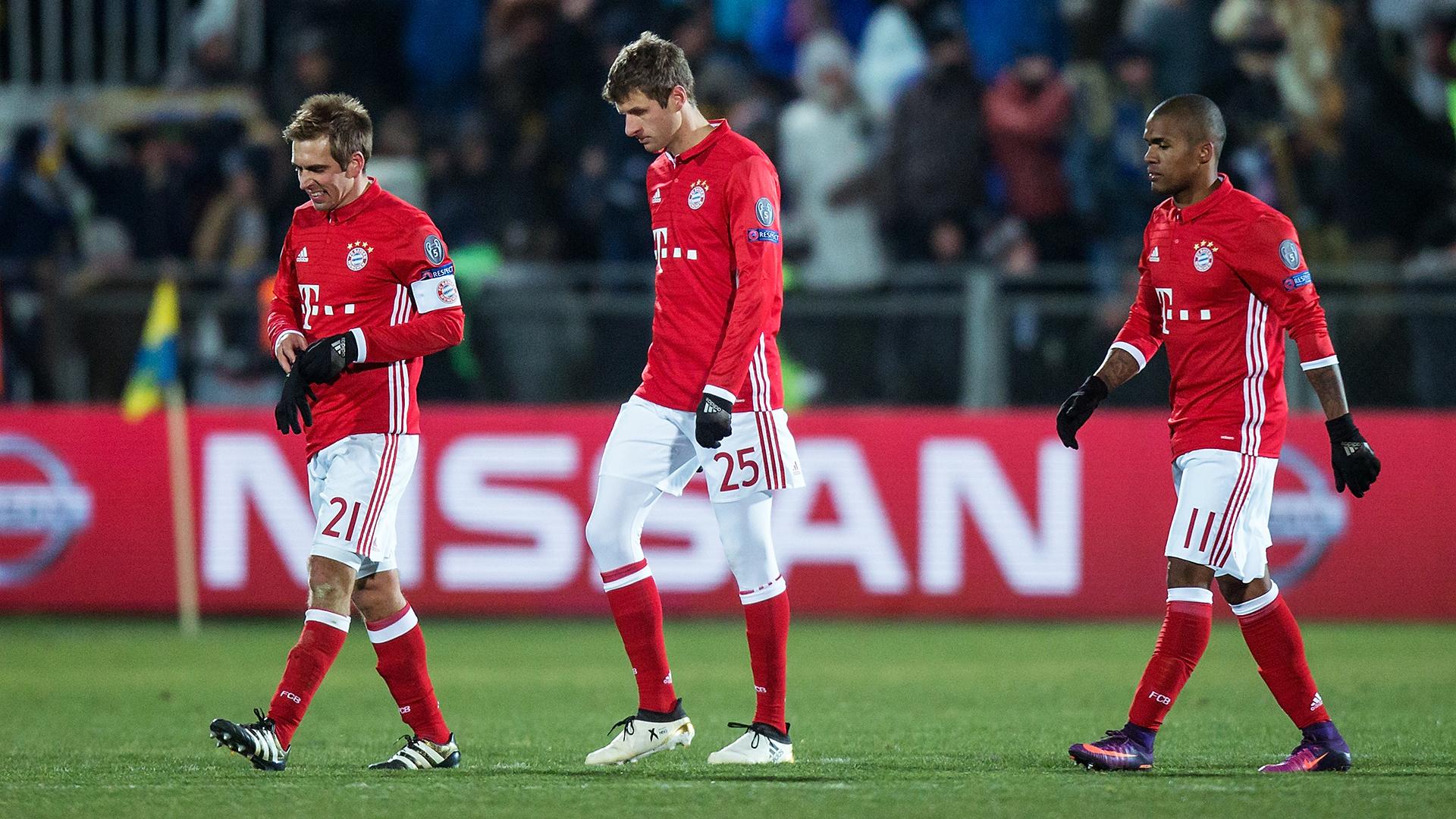 Thomas Muller Philipp Lahm Douglas Costa Bayern Munich