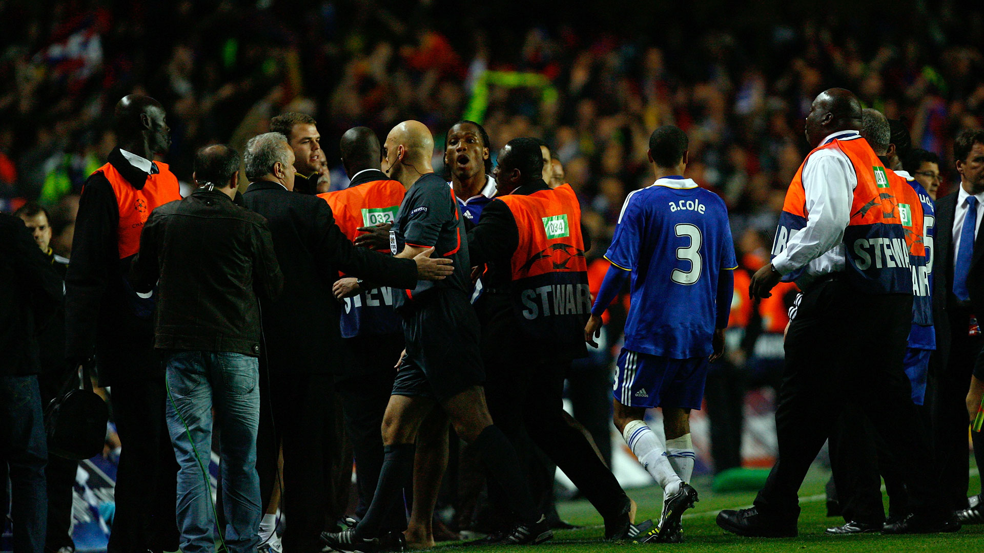 Didier Drogba Chelsea Barcelona Champions League 2009