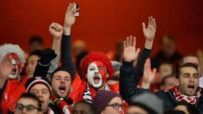 Fans Arsenal Monaco Champions League 25022015