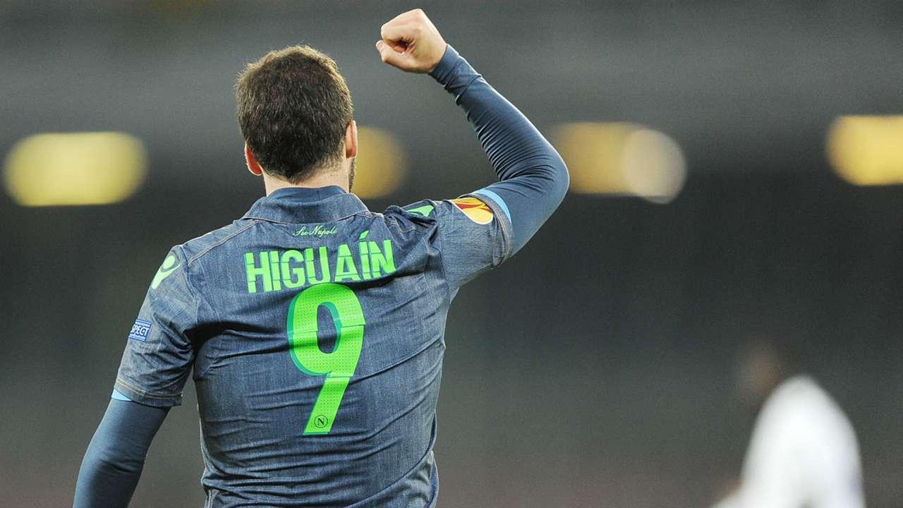 Gonzalo Higuain Napoli Europa League