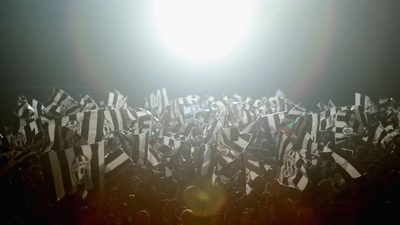 Flags 2 Borussia Dortmund Juventus Champions League 18032015