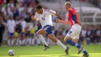 Czech Republic vs France in 2000
