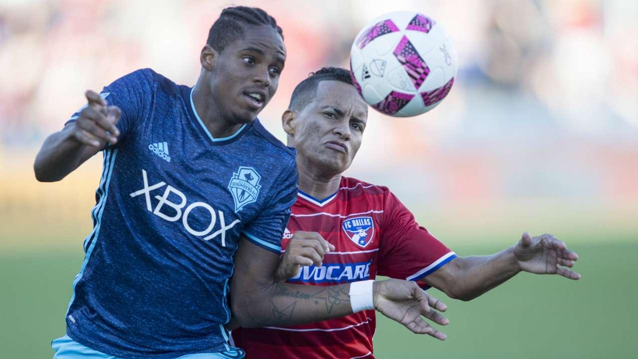 Joevin Jones Michael Barrious Seattle Sounders FC Dallas MLS 10162016