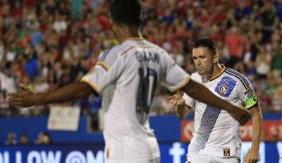 Robbie Keane Giovani dos Santos LA Galaxy MLS 08152015