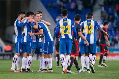 Jugadores del Espanyol celebran