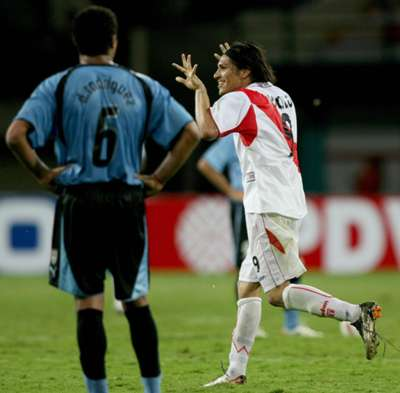 Todos los goles de Paolo Guerrero