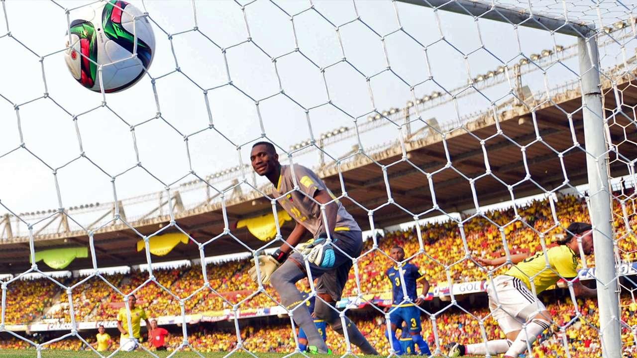 Sebastian Perez Alexander Dominguez Colombia v Ecuador Eliminatorias 29032016