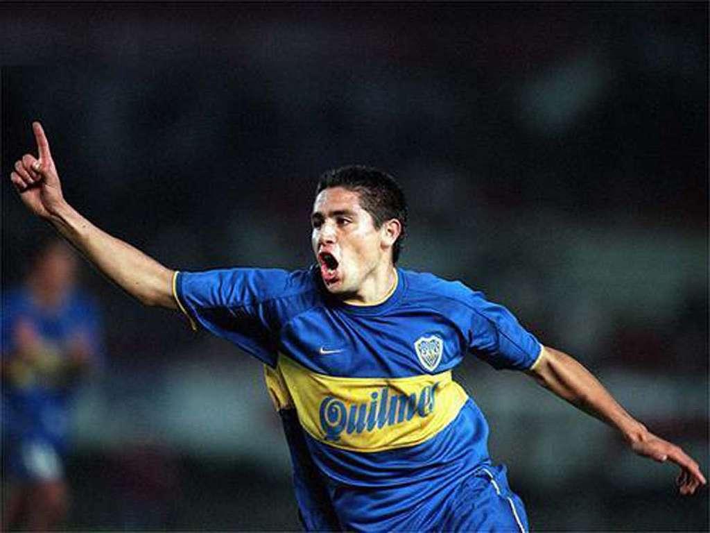 Juan Roman Riquelme Boca Juniors River Plate Copa Libertadores 2000