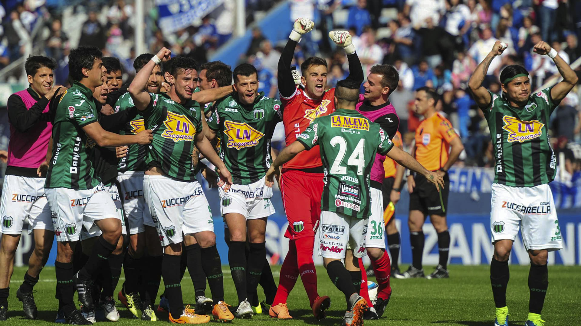 Argentina's Nueva Chicago issue apology after player caught making anti-semitic gestures to fans
