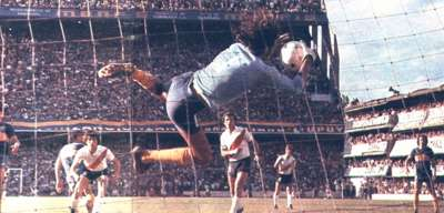 Hugo Gatti - Boca Juniors