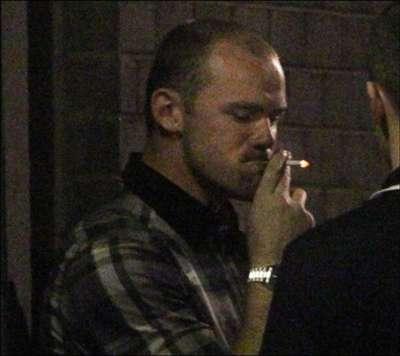 Wayne Rooney Smoking