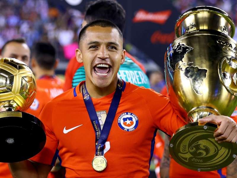 Sólo en Estados Unidos Alexis Sánchez podía ser elegido el mejor