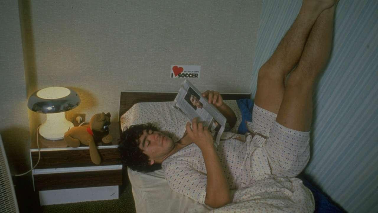 Diego Maradona reading