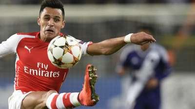 Alexis Sanchez Arsenal UEFA Champions League 22102014