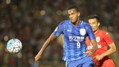 Jo Binh Duong v Jiangsu Suning AFC Champions League 23022016