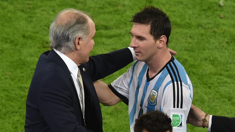 El mensaje de Messi tras la muerte de Sabella | Goal.com