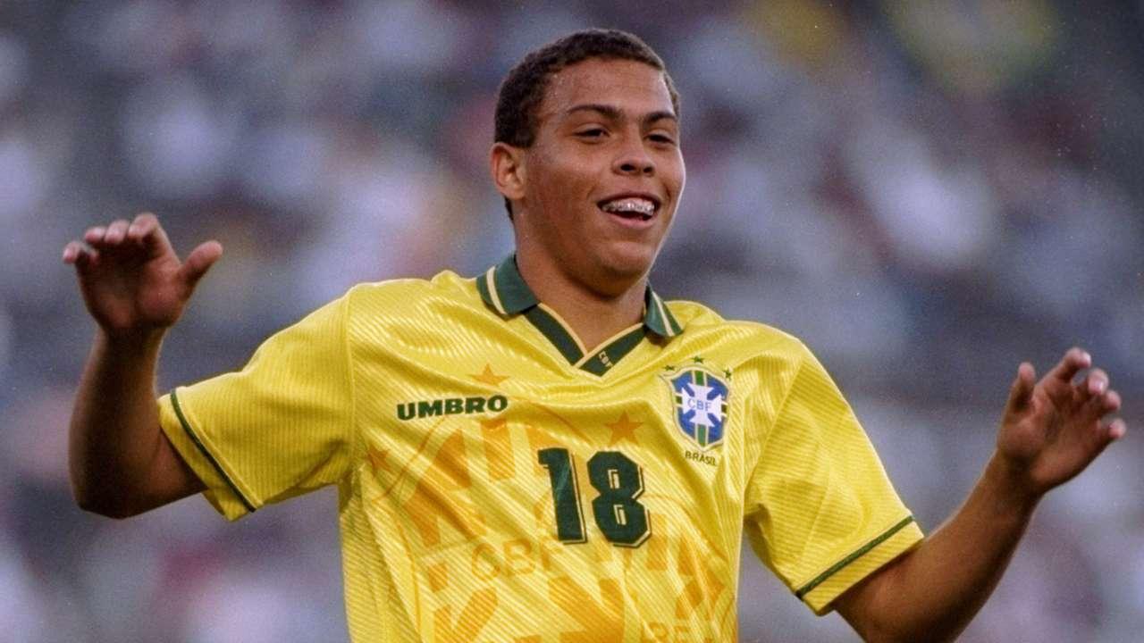 Gallery Ronaldo Nazario Brazil looks 08061994