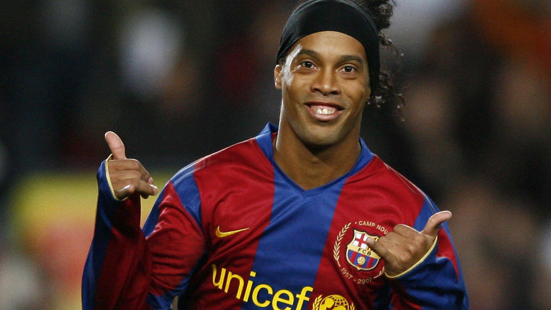 Лучшие футболисты мира фото и имена