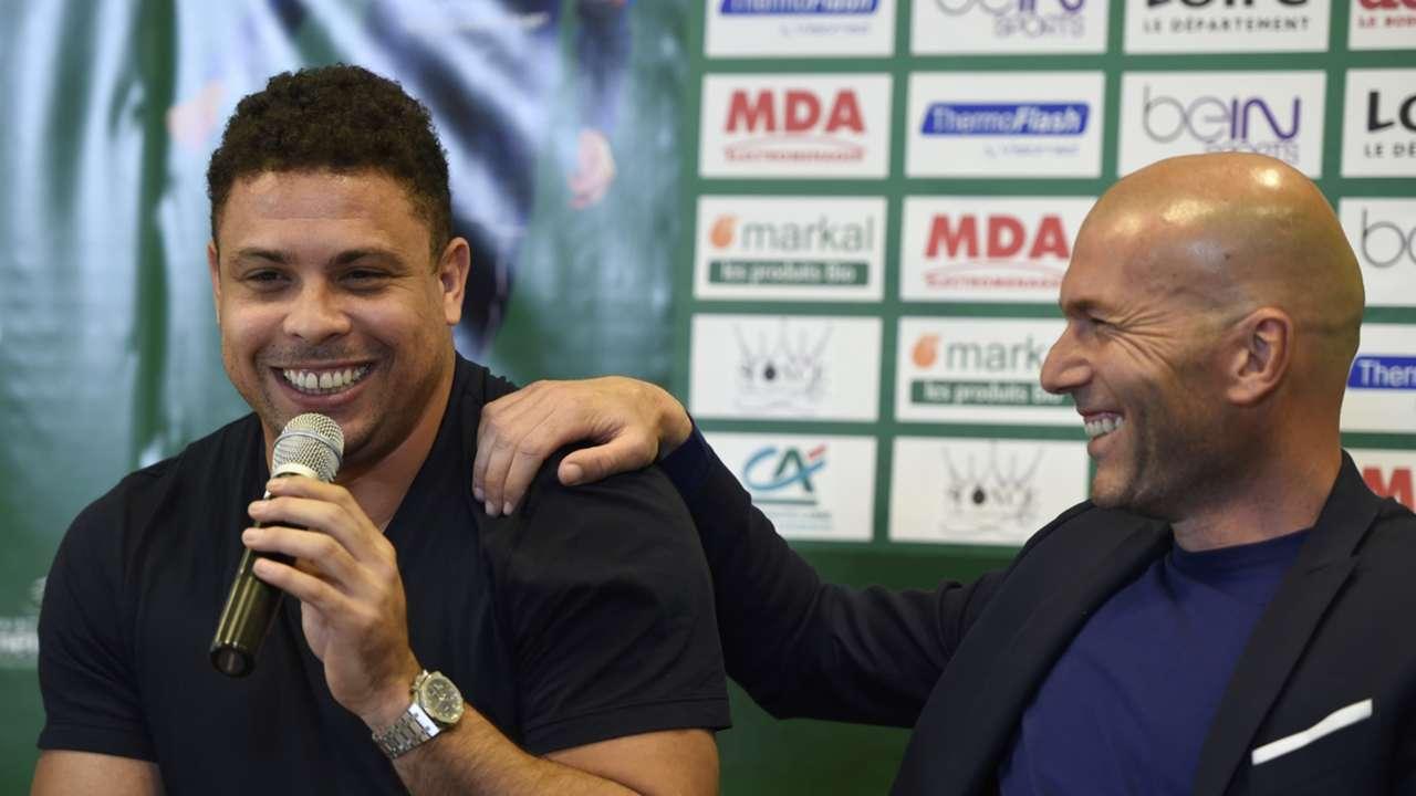 Jogo contra a Pobreza UEFA Match Against Poverty Zidane Ronaldo