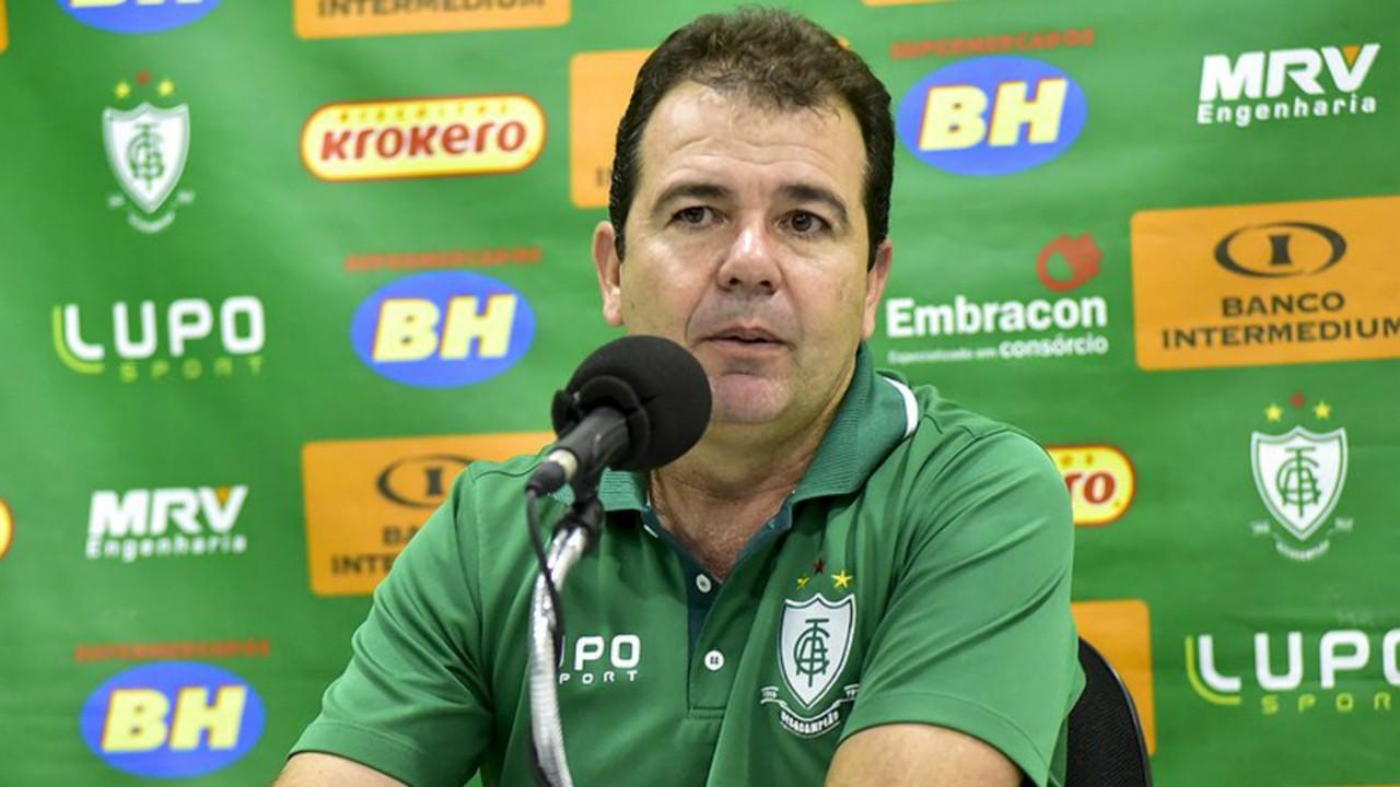 Enderson Moreira América-MG