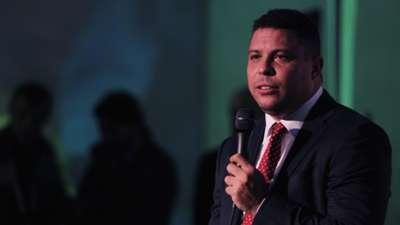 Gallery Ronaldo Nazario looks 22022016