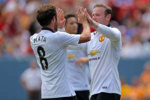 Mata and Rooney - Manchester United x Roma