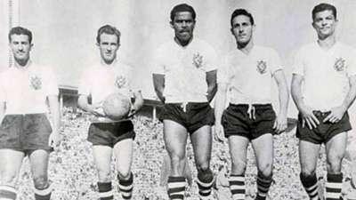 Cláudio, Luizinho, Baltazar, Carbone e Mário - Corinthians
