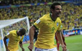 Fred Brazil Cameroon 2014 World Cup