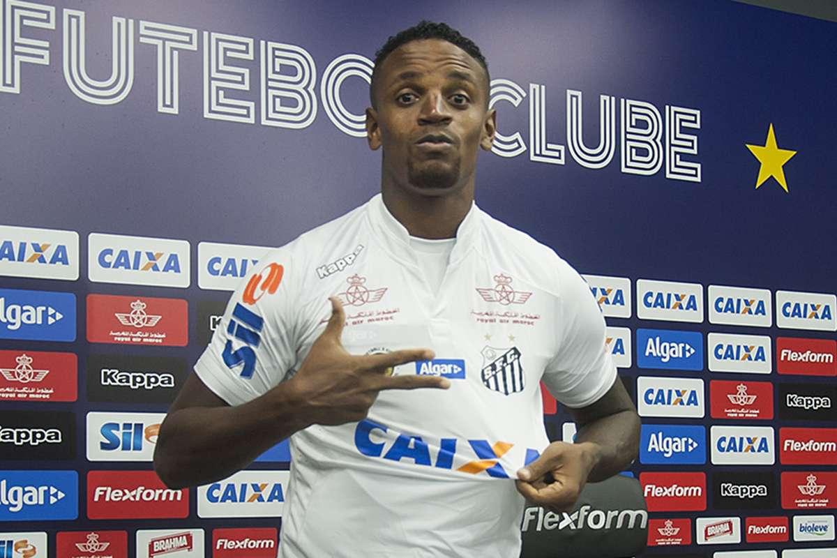 Contratação mais cara do Santos, Cleber sequer é relacionado para ...