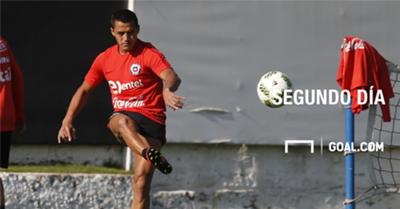 La Roja trabajó con plantel completo de cara a duelos con Paraguay y Bolivia