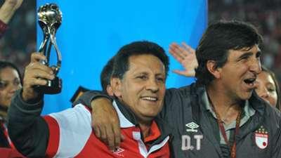 Gustavo Costas se metió en la historia cardenal con sus dos títulos más recientes