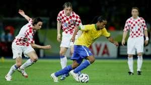 ivica olic darijo srna ronaldinho - brazil croatia - world cup 2006