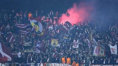 Dinamo Bayern fans Champions League 09122015