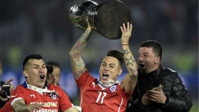 chile celebration - eduardo vargas gary medel - copa america 2015