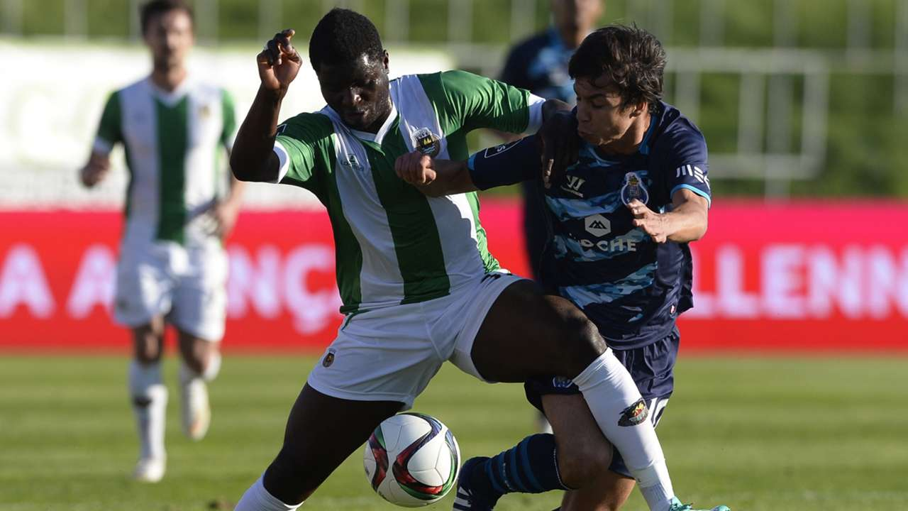 Alhassan Wakaso of Rio Ave and Oliver Torres of FC Porto