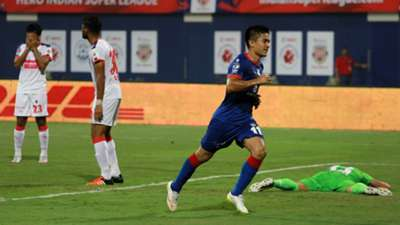 Sunil Chettri Mumbai City FC Delhi Dynamos FC ISL season 2