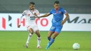 Romeo Fernandes Mandarrao Desai Delhi Dynamos FC FC Goa ISL Season 4 2017/2018