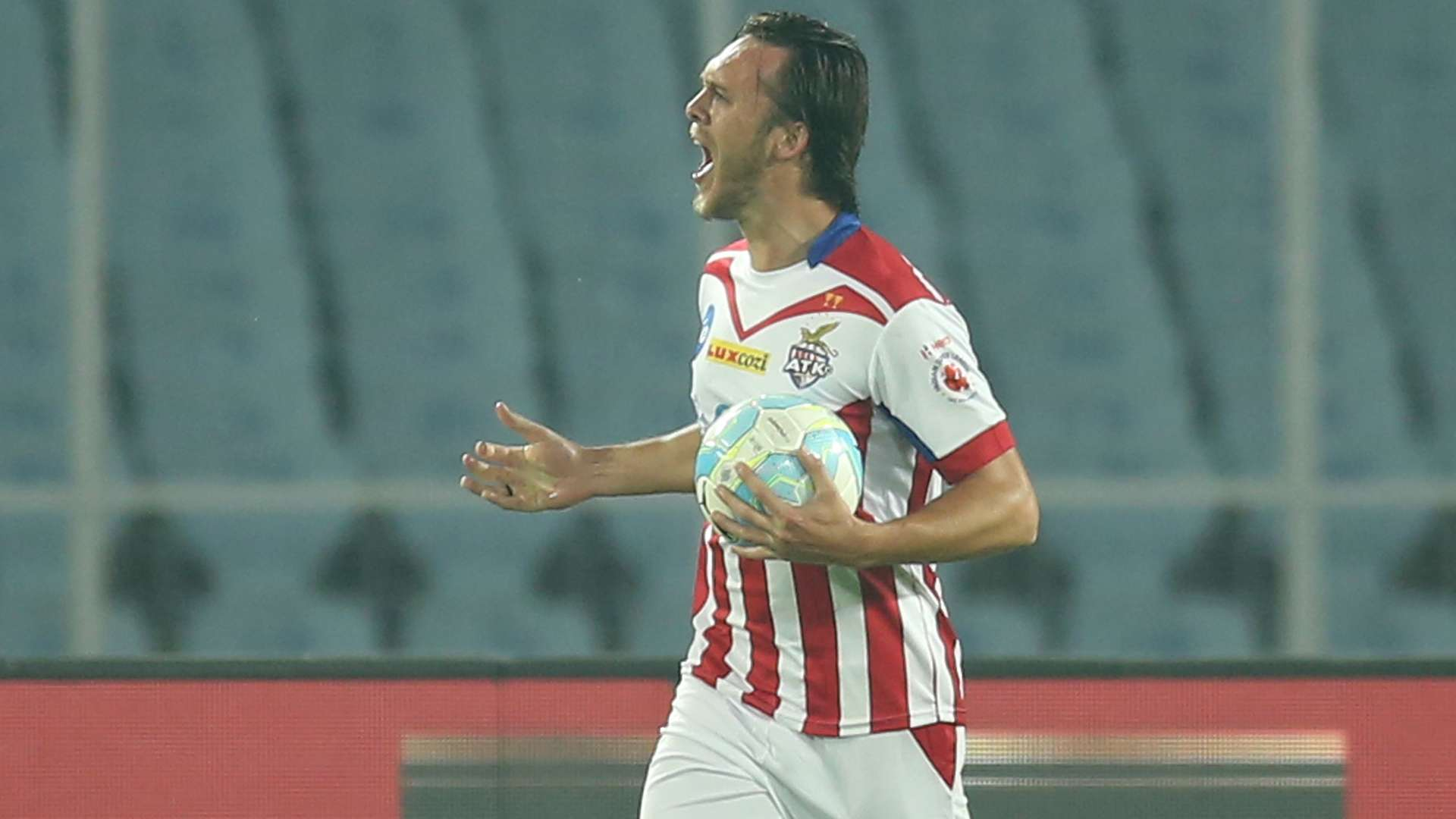 Former Manchester United players who played in ISL thomas thorpe atk kerala blasters fc isl 4