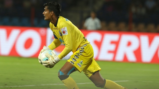 Hyderabad close in on Subrata Paul, extend Abhishek Halder's contract