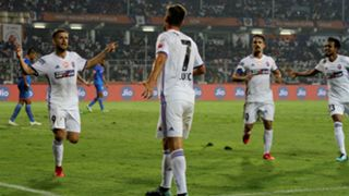 Emiliano Alfaro Jonatan Lucca FC Goa FC Pune City ISL 4 2017/2018