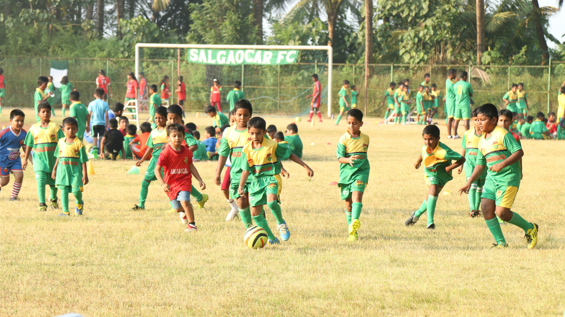 Salgaocar FC Community Outreach Programme 2016-17