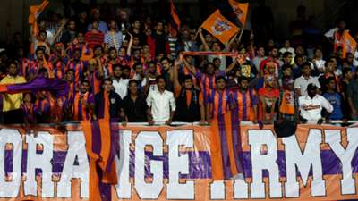 FC Pune City ISL supporters