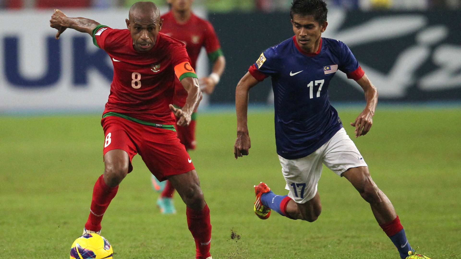 AFF 2012 Elie Aiboy - Indonesia & Azammuddin Akil - Malaysia