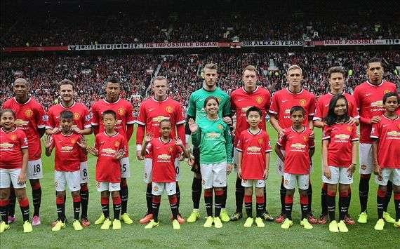 questa e passione tifoso cambia nome in manchester united goal com goal com