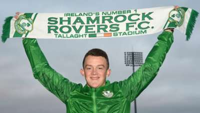 Michael O'Connor signs Shamrock Rovers