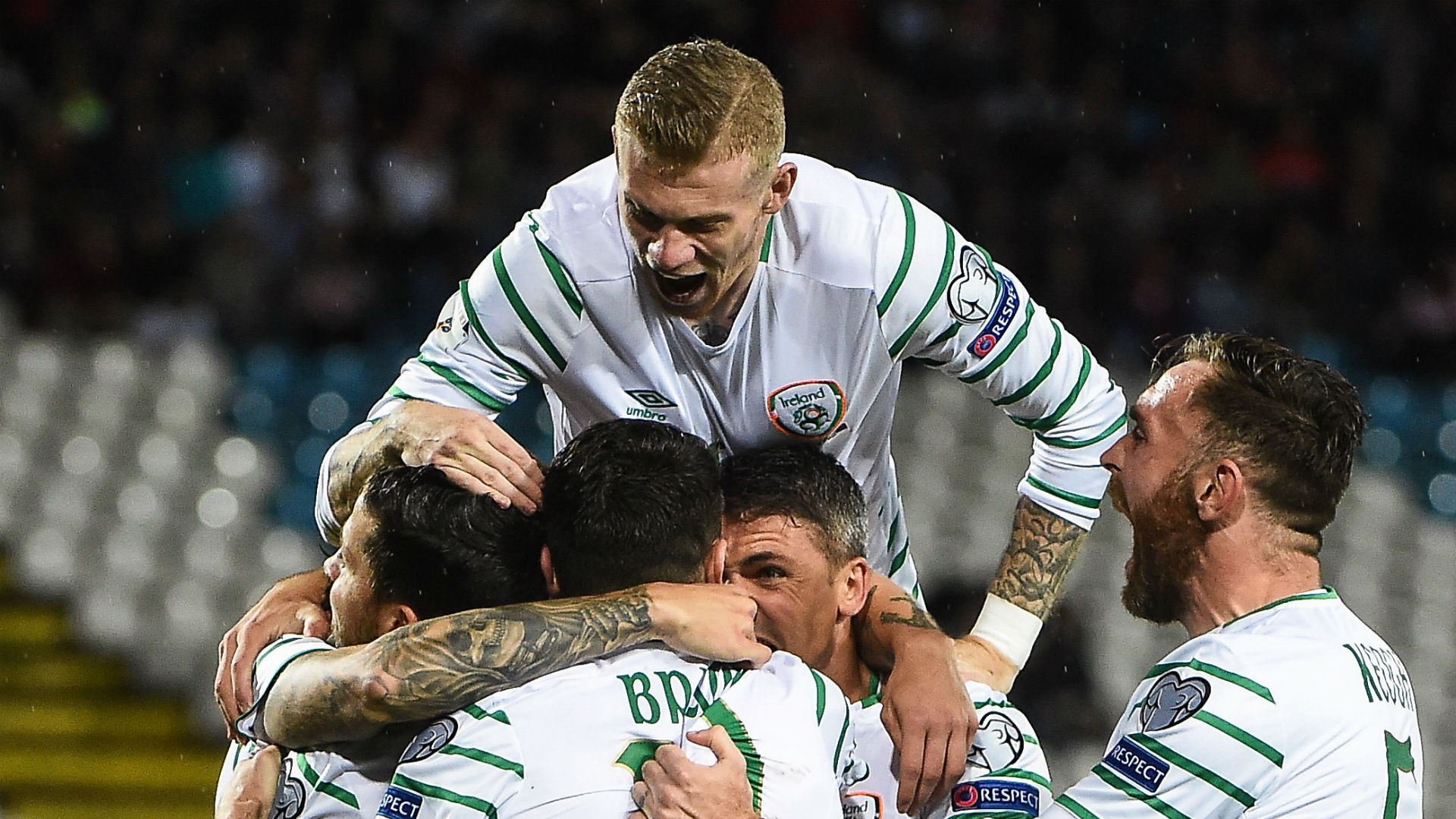 James McClean Ireland celebrate 06092016