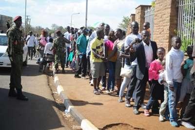 Harambee Stars fans que to enter Kasarani for Kenya v Mauritius clash